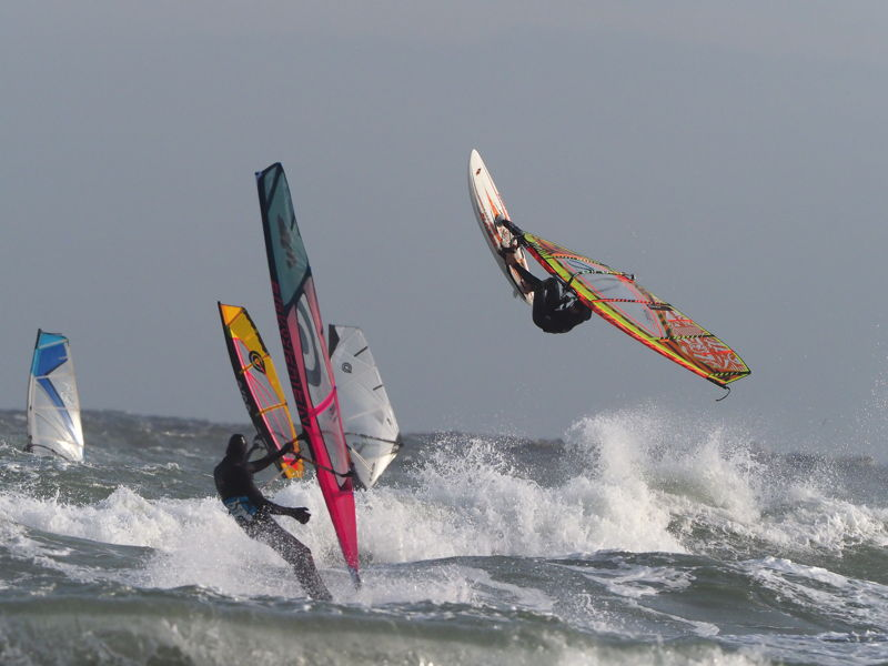 Foto windsurf wave