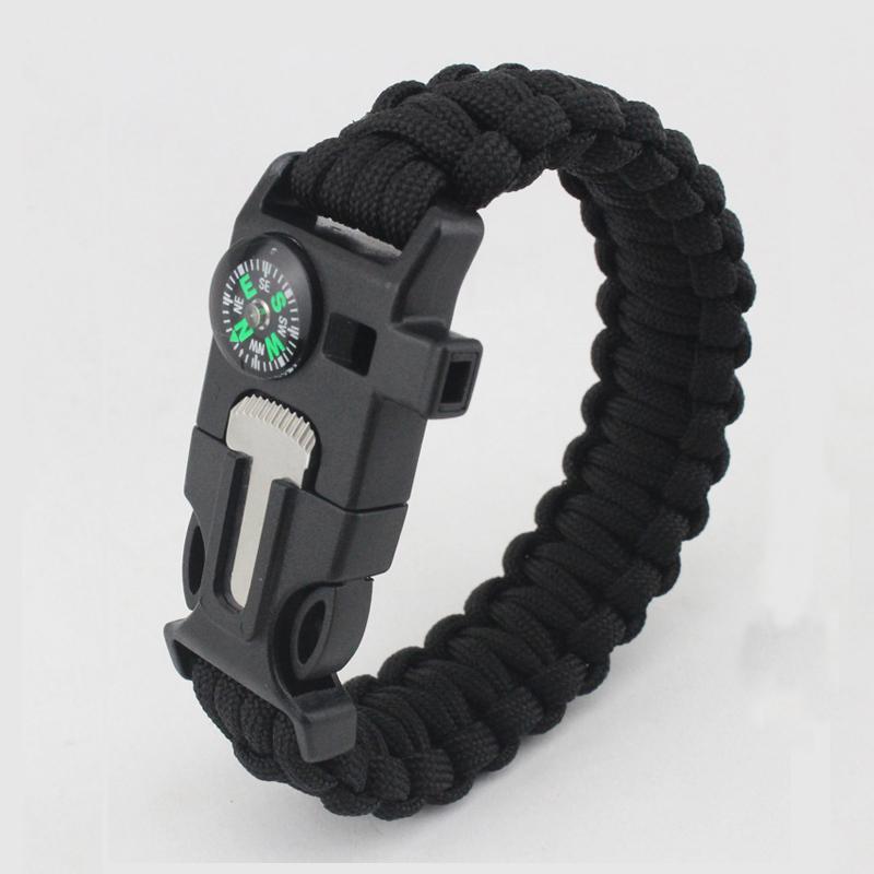 braccialetto di sopravvivenza con corda in paracord